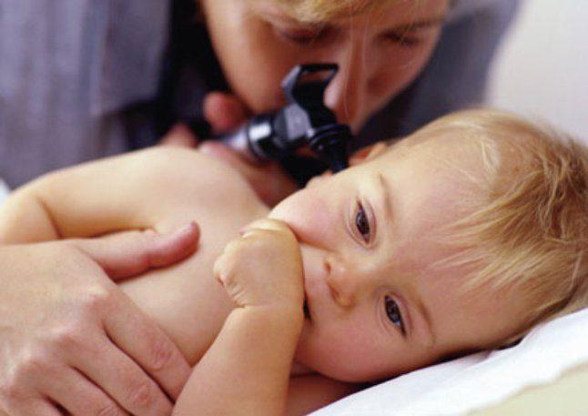Шишка за ухом у ребёнка: лечение